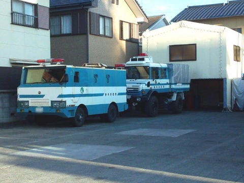 警察車両01.JPG